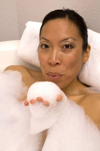 how to make bubble bath from scratch