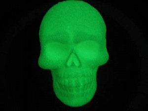 Glowing Skull Bath Bomb (in dark)